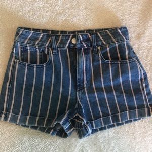 PAC sun trendy denim shorts